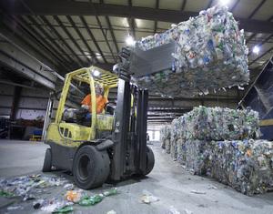 Mohawks_bottle_recycling_facility_in_summerville_ga1-21