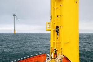 Offshorewind_technicians_orsted