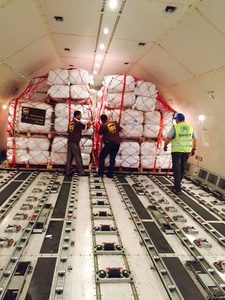 Ups_moves_humanitarian_aid_from_jordan_to_greece