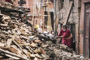 150429-131236-nepal-earthquake-gavin-gough