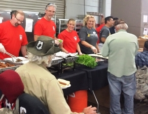 Sodexo_volunteers_served_4000_meals_to_veterans_at_the_arizona_standdown