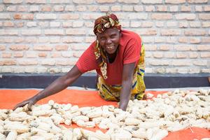 Rwanda-coop-farmers2