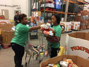 Capital_area_food_bank_-_photo_from_phillip_fordham_-_charlotte_her_daughter