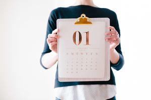 Holding-calendar