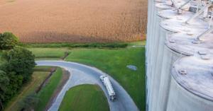 Smithfield_farm_truck