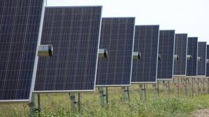 Newsroom_20170718_solar-garden-panels-1024x572